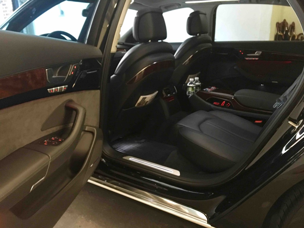 Beni_Audi_A8_interior